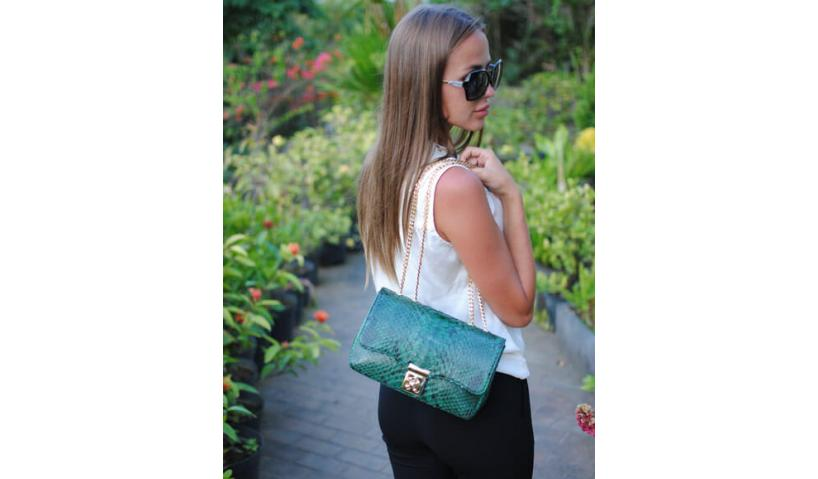 With this luxury snakeskin crossbody bag may appear anywhere and instantly attract attention!